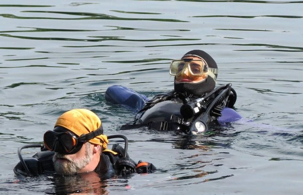 open water scuba diving certification service